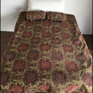 Gorgeous Brocade Tapestry Bedspread Twin